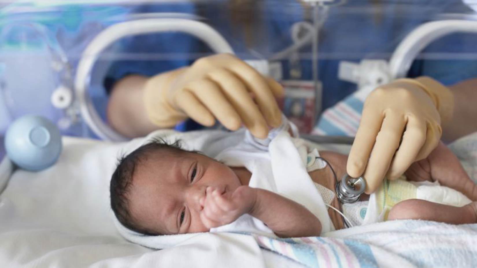 گاستروستومی برای تغذیه نوزادان نارس، Gastrostomy چیست؟