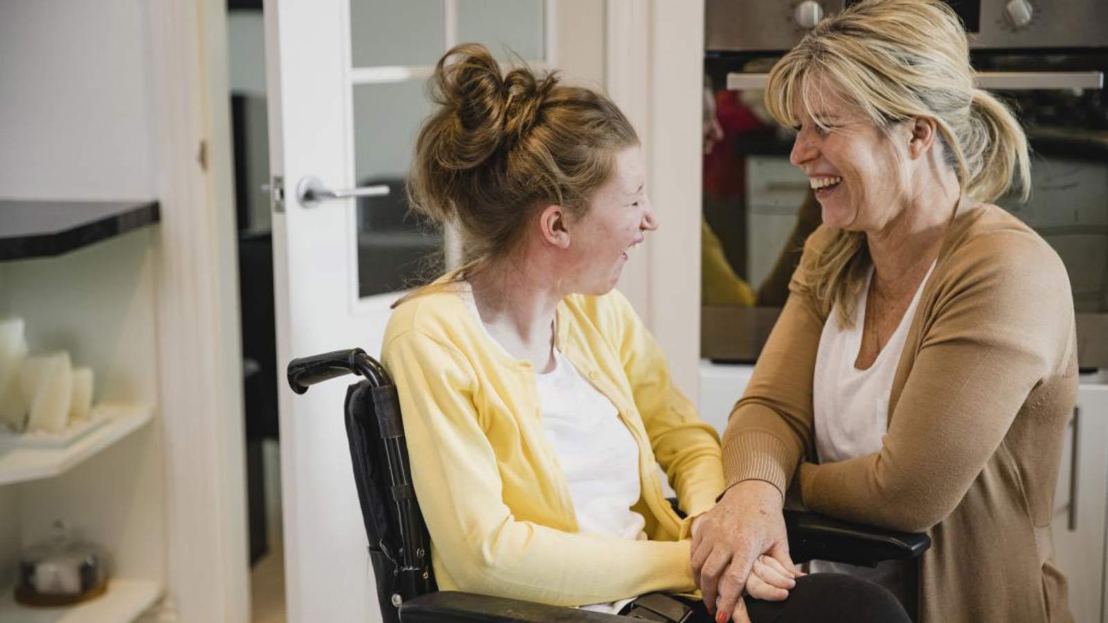اختلال بلع و مشکل گفتار در بیماری ای ال اس - ALS