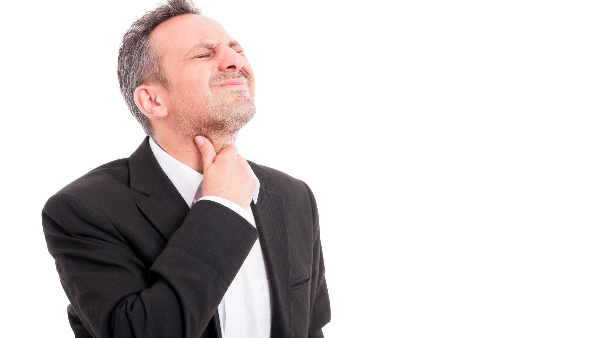 آیا عفونت استاف می تواند باعث گلو درد شود؟