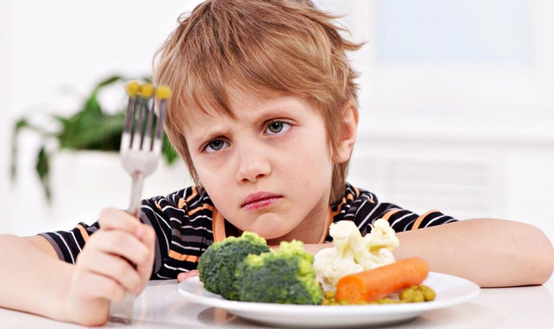اختلال بلع کودکان اوتیسم