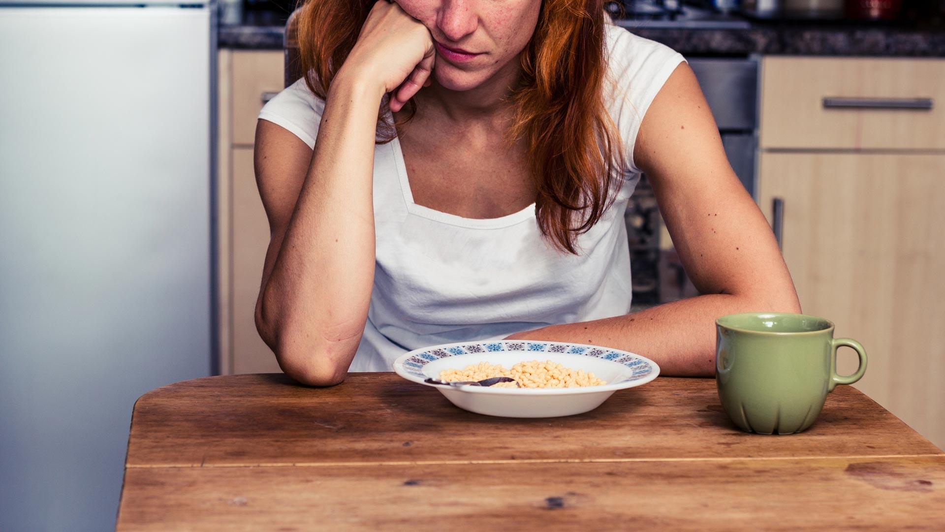 3 گام برای درک اثرات روانشناسی اختلال بلع