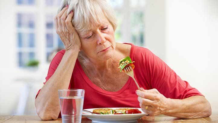 کاهش اشتهای سالمندان
