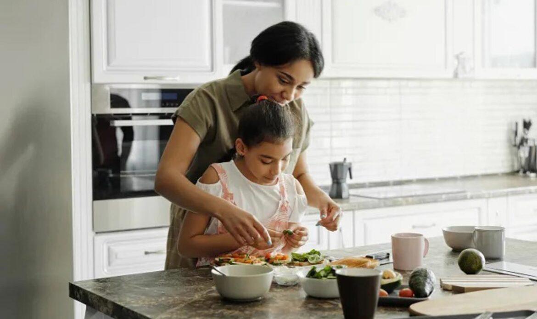 تاثیر مشکلات حرکتی و حسی روی تغذیه