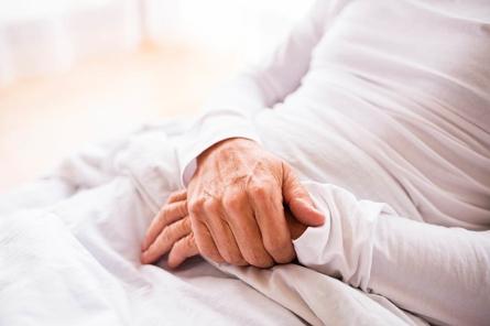 تغذیه بیمار بستری و پیشگیری و درمان یبوست
